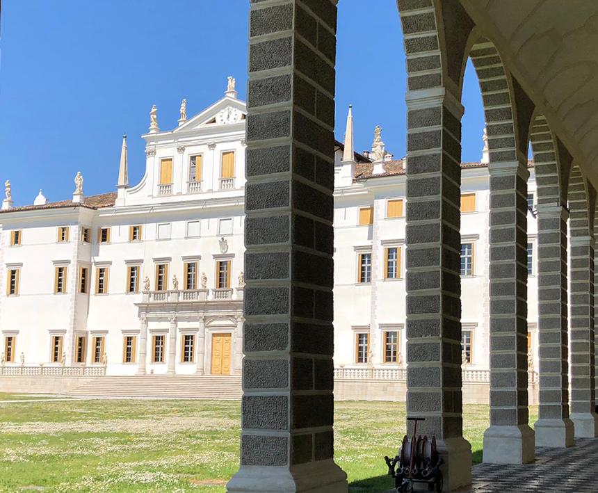 Innova Line pellicole per vetro Villa Manin
